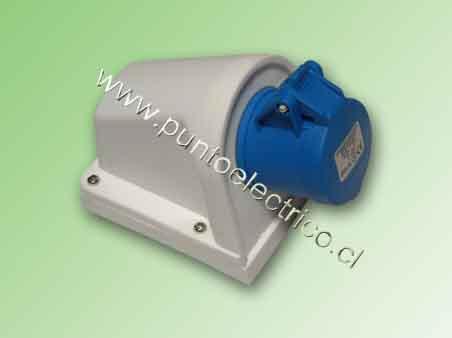 ENCHUFE HEMBRA SOBREPUESTA 2P+T 16Amp. 220VAC. IP44