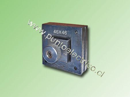 KIT DE PUNZON CUADRADO 46x46mm PARA PE130517